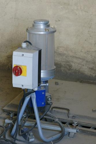 Фумигация зерна при перемещении - Дозатор